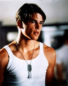 Josh Hartnett - Pearl Harbor. Was so in love with him in this movie!