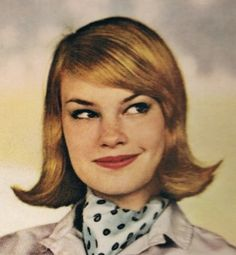 Hairstyle~~1961  THIS REMINDS ME OF EMMA STONE