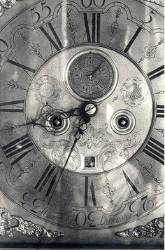 Fab clock silver