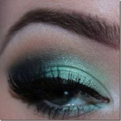 green eyes makeup 15