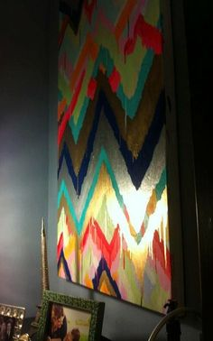 DIY painting....Love this!\\\\\\        DIY Painted canvas wall art.  Love the metallic effect.