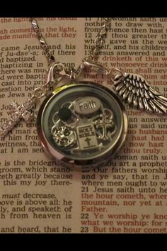 South Hill Designs floating charm locket. Www.southhilldesigns.com/AbbiFritz