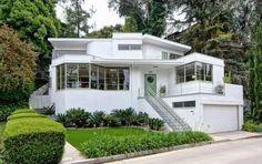 "Kesling's ""Skinner House"" Lingers on the Los Angeles Market"