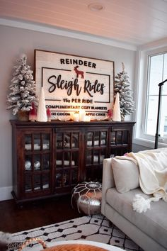Our Cozy Christmas Living Room » Kindred Vintage & Co.