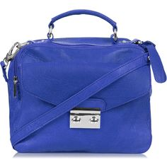 TOPSHOP Boxy Leather Messenger Bag (£82) ❤ liked on Polyvore featuring bags, messenger bags, blue, bolsas, handbags, purses, cobalt, blue messenger bag, topshop and blue leather bag