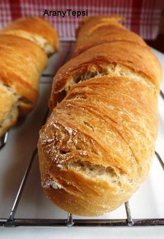 AranyTepsi: Svájci gyökérkenyér Ciabatta, Naan, Paleo, Piece Of Bread, Winter Food, Diy Food, Tasty Dishes, Fudge, Baked Goods