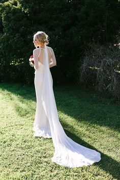 Dress on point.http://hellomay.com.au/article/ashleigh-brendan-rustic-elegant-southern-highlands-new-south-wales-wedding-photographer/