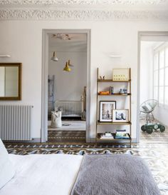 House Tour A Paris Apartment Brimming With Architectural Gems
