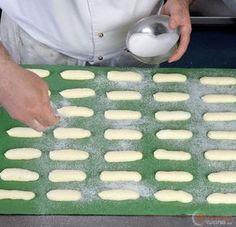 Step 22 - I biscotti savoiardi