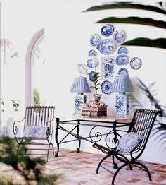 The French Tangerine: ~ many walls of plate grouping that i love