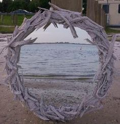 Driftwood mirror....Hmmmm. Need to start combing the beaches!