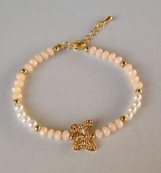 Crystal pearl butterfly bracelet pulseira de cristal e perola com borboleta                                                                                                                                                                                 Más