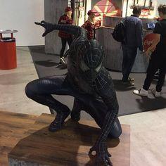 @rentasuperhero_ at @zurichgameshow this year  #spidermancosplay #blackspiderman #spiderman #cosplayer #cosplay #mcu #marvelcomics #marvelcosplay #marvel #comiccon #comics #zurichgameshow