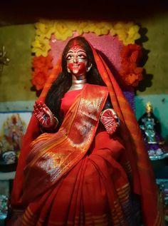 Maa 😍 Durga Kali, Kali Hindu, Kali Mata, Shiva Shakti, Hindu Art, Kali Goddess, Goddess Art, Navratri Wallpaper, Mother Kali