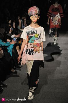 131017-3890 - 2014 Collection of Japanese fashion brand NOZOMI ISHIGURO Haute Couture on October 17, 2013, in Tokyo.