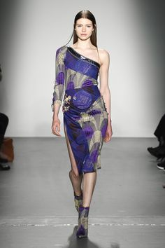 Custo Barcelona Fall 2018 Ready-to-Wear Collection - Vogue