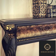 Painted sofa table in Dixie Belle Caviar with Warm Gold gilding wax and gold drawer fronts. Gold Painted Furniture, Painted Sofa, Black Furniture, Paint Furniture, Furniture Projects, Furniture Makeover, Dresser Makeovers, Diy Projects, Hand Painted