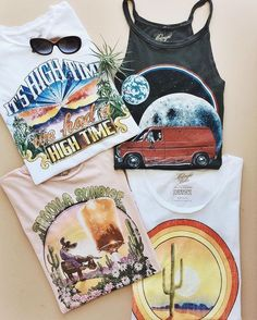 Gimmie all the tees .New favorite graphic tees by / Prism Boutique Look Vintage, Vintage Tees, Vintage Graphic Tees, Vintage Clothing, Diy Clothes Vintage, Hippie Clothing, Cute Graphic Tees, Graphic Shirts, Looks Style