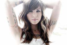 As tatuagens da Christina Perri | Depois dos Quinze