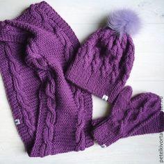 Купить Violet - Фиалка - фиолетовый, комплект вязаный, шапка с помпоном, круговой шарф
