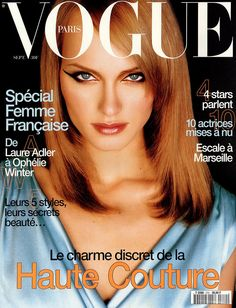 Amber Valletta, Michael Thompson september 1996 Ford models on the cover of Vogue Paris Vogue Magazine Covers, Fashion Magazine Cover, Fashion Cover, Vogue Covers, 90s Fashion, American Fashion, Fashion Models, High Fashion, Double Denim