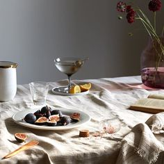 Psst, want to know a secret? Set some @canvashomestore tabletop down on rough hewn linens, invite some pals over, and they'll all feel SUPER important. Casual elegance without even trying. (Don't worry...we won't tell.)