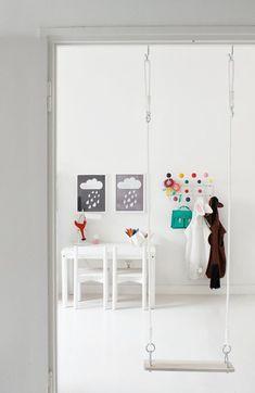 Wat is er nou leuker dan het inrichten van de kinderkamer, kinderhoekje, speelkamer of werkplek voor de kinderen? Je kan lekker los gaan met kleuren en materialen maar ook met...