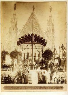 1913 - Altar levantado para o ato solene de assentamento da pedra fundamental da nova Catedral de São Paulo, realizado no dia 6 de julho de 1913.