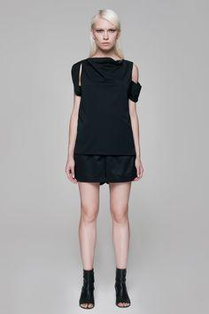 Irregular Top Black BLACKBLESSED  BLACKBLESSED @blackblessed #black #white #fashion #minimal #basic #elegant #designer #urban #urbanchic #dresses #pants #tshirt #top #leggings #white #simple #simplicity