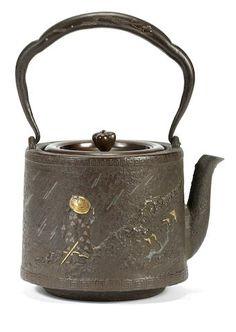 An inlaid tetsubin (iron kettle) with bronze cover By Kiryudo, Meiji era late century Clay Teapots, Teapots And Cups, Teacups, Coffee Music, Teapots Unique, Meiji Era, Tea Tins, Bronze, Antique Bottles