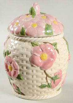 Franciscan Desert Rose (China) Cookie Jar and Lid Desert Rose Dishes, Franciscan Ware, Classic Dinnerware, Glass Cookie Jars, Rose Cookies, Shabby Chic Garden, Pickle Jars, Vintage Cookies, Glass Ceramic