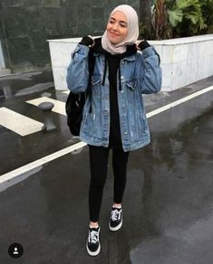 Style Hijab Winter Outfit Ideas 68 New Ideas Modern Hijab Fashion, Street Hijab Fashion, Hijab Fashion Inspiration, Muslim Fashion, Mode Inspiration, Fashion Ideas, Fashion Trends, Casual Hijab Outfit, Casual Outfits