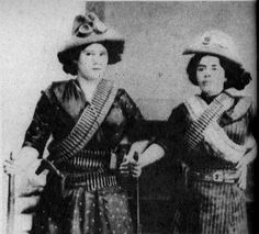 unviajeenblancoynegro: Adelitas en tiempos de la revolución mexicana 1910