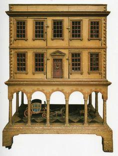 Maison de poupée, 1750-1760.  Rick Maccione-Dollhouse Builder www.dollhousemansions.com
