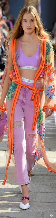 Blumarine Spring 2019 Ready-to-Wear Orange Is The New Black, Orange And Purple, All Fashion, Womens Fashion, Fashion Trends, Jeans Material, Online Fashion Stores, Holiday Outfits, Club Dresses