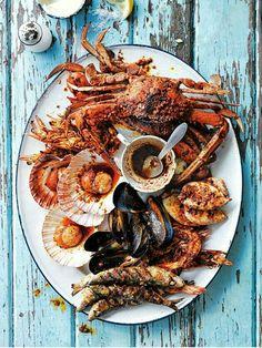 Fish Recipes, Seafood Recipes, Cooking Recipes, Donna Hay Recipes, Seafood Platter, Fish Platter, Grilled Seafood, Seafood Dinner, Fresh Seafood