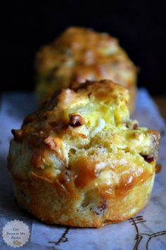 Ham and Cheese Muffins - With Flour In My Shoes - - Party Platters, Cheese Platters, Quiches, Tapas, Desayuno Paleo, Cheese Muffins, Crepe Recipes, Cookie Cups, Ham And Cheese