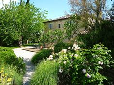 Il Giardino, Siena - KATE BLACKWOOD REAL ESTATE + LIFESTYLE ITALIA #italianproperties
