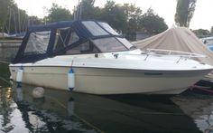 CHAMPION 645  Günstiges Einsteigerboot mit Trailer Preis: CHF 8700,-Bodenseezulassung:Nein Jahrgang:1989Breite:6.45 m Angebot:OccasionenLänge:2.35 m Typ:Kabinenboot, Sportboot, Daycruiser, Fischerboot