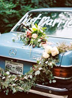 Just married in chalk on wedding getaway car Marie's Wedding, Wedding Bells, Perfect Wedding, Wedding Styles, Wedding Flowers, Wedding Things, Wedding Story, Wedding Getaway Car, Wedding Car Decorations