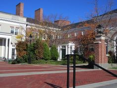 10 Unpredictable Questions Harvard Business School Asks... and how to answer them