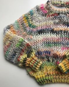 Shante, you stay 💋 . Knitwear Fashion, Knit Fashion, Hijab Fashion, Fashion Tips, Sweater Knitting Patterns, Crochet Patterns, Knitting Sweaters, Knitting Yarn, Mohair Sweater