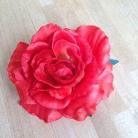 Umber rose