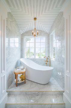 Discover the top 60 best white bathroom ideas featuring unique faucet, fixture and decor accents. Explore clean and unique home interior design ideas. White Marble Bathrooms, Small Bathroom, Bathroom Ideas, Bathroom Designs, Bathroom Stuff, Master Bathroom, Gold Bathroom, Bathroom Vanities, Bathtub Designs
