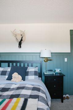 Modern Cottage Boys Bedroom Modern Cottage, Cottage Style, Diy Ideas, Decor Ideas, Vintage Shelf, Small Space Design, Old Room, Funky Junk, Home Decor Inspiration