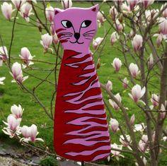 Gartenstecker+Holz,+Katze,+Gartendeko+Tiere,+Rosa+von+KIMAMA-design++auf+DaWanda.com