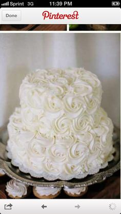 The cake I need for my 30th! White roses are my favorite <3