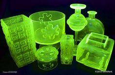 ChiliParkin Taimitarha: Vaseliinilasi - Vaseline glass Vaseline Glass, Lassi, Glass Collection, Body Art, Pattern, Design, House, Home Decor, Ideas