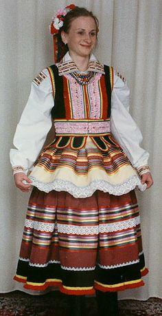 Lublin (Krzczonów) Polish Clothing, Folk Clothing, Historical Clothing, Art Costume, Folk Costume, Costumes, Traditional Clothes, Traditional Fashion, Polish Embroidery