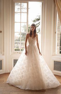 GALA by Galia Lahav Fall 2021 Collection. www.theweddingnotebook.com Top Wedding Dresses, Wedding Gowns, Bridal Gown, Bridal Dresses, Tulle Ball Gown, Ball Gowns, Corset, Gala Dresses, Gowns With Sleeves